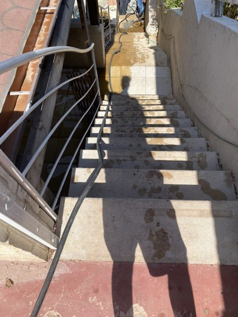 פתיחת סתימה ושטיפת קו ביוב ראשי ביישוב גבעת זאב בירושלים.
